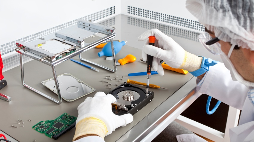 Clean Room Data Recovery - DriveCrash™